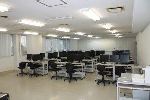 30席教室